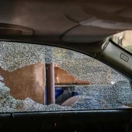 Gli spara al volto in auto e scappa a piedi Ferimento a Villa d'Adda, fermato 25enne