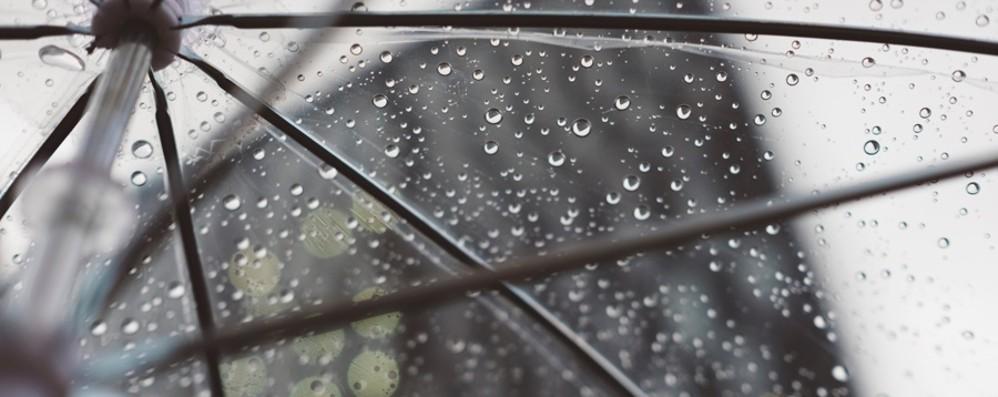 Meteo, freddo e pioggia senza tregua Fine settimana da «brividi» -Video