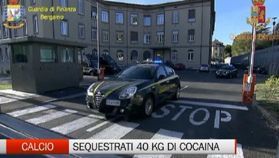 Calcio: Sequestrati 40 kg di cocaina