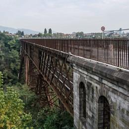 Ponte di Paderno, nuova navetta Partirà alle 5,58 da Calusco