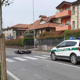 Schianto contro un'auto a Madone Grave motociclista di 41 anni