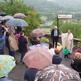 Una piazza dedicata a don Bianzina Il ricordo della comunità di Fontana