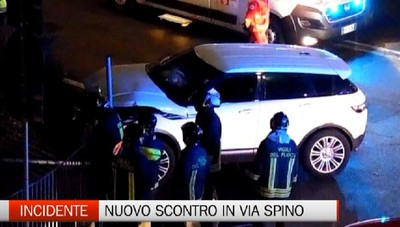 Incidente - Scontro tra auto in via Spino