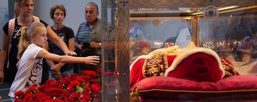 Il popolo devoto a Papa Giovanni  La peregrinatio un anno dopo