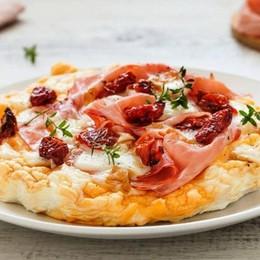 «Finta» pizza con prosciutto