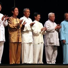 «Con Selvino amore a prima vista» I sei maestri di Tai Chi sull'altopiano
