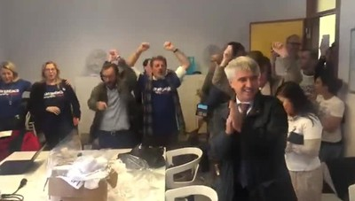 Festa nel quartier generale di Gori