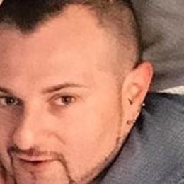 Sarnico,  papà di tre figli muore sul lavoro Sotto choc lo stagista che ha dato l'allarme