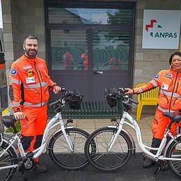Soccorso, arrivano le «ambulabici» Hanno defibrillatore e ossigeno