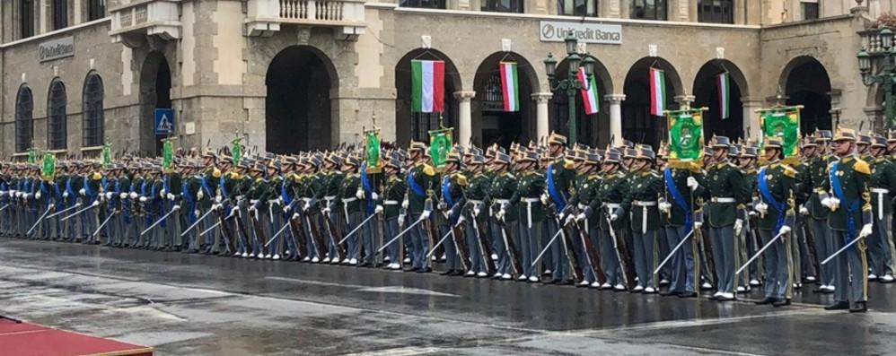 Bergamo, i cadetti della Finanza - Video L'orgoglio dei futuri ufficiali: «Lo giuro!»