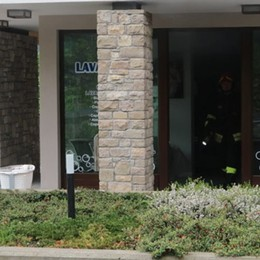 Prende fuoco una lavanderia self service Intervento dei Vigili del fuoco a Clusone
