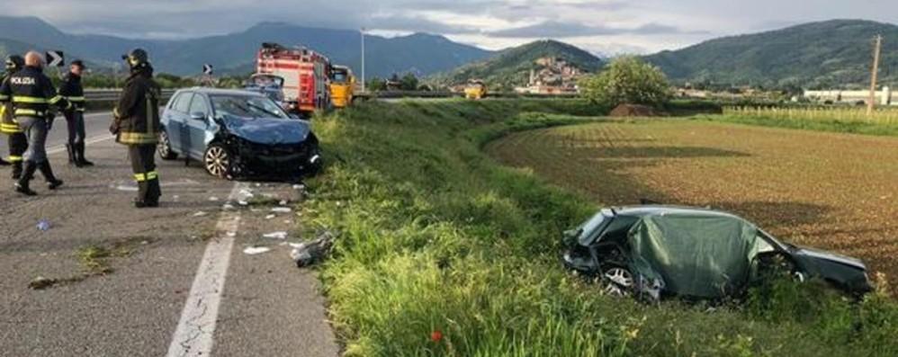 Brescia, frontale sull'ex Statale Sebina Muore trentaduenne di Urgnano