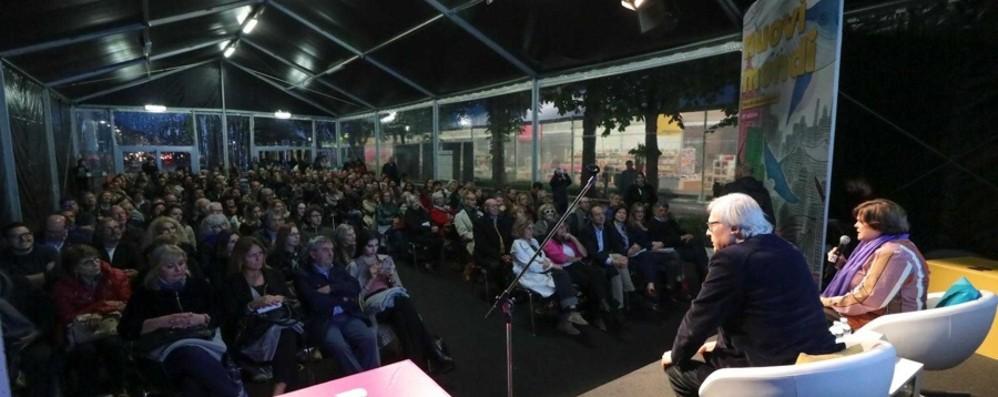 Fiera dei librai: 170 mila visitatori  Bergamo, venduti 1.400 libri al giorno