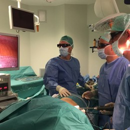 Tumore al rene, novità al Papa Giovanni La laparoscopia diventa in 3D
