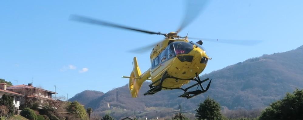 Capizzone, ventenne investita da un'auto Trasportata in elicottero al Papa Giovanni