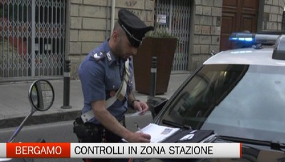 Controlli dei Carabinieri nei locali etnici vicino alla stazione
