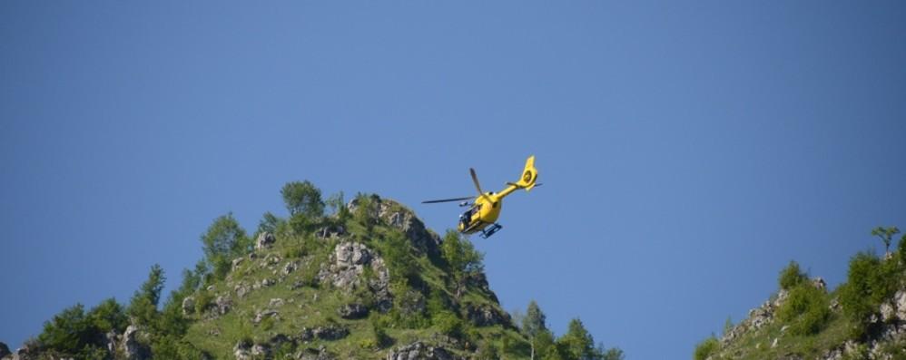 Si ribalta con il quad in montagna Ardesio, ferito un uomo di 35 anni