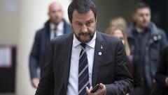 Il «capitano» Salvini tra proclami e cautela