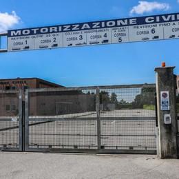 Motorizzazione chiusa i martedì di luglio «Non basta», la protesta delle  autoscuole