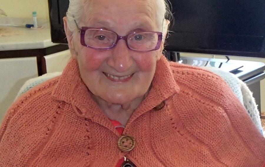 Il Grazie Della Regina Elisabetta A Una Nonna Di Gromo Cronaca Gromo