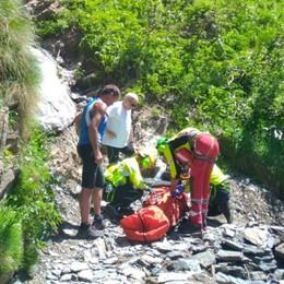 Cade in montagna con la bici assistita Valbondione, 71enne finisce in un canale