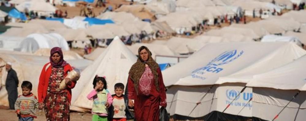 Campagna per i rifugiati, Bergamo c'è «L'accoglienza è opportunità di crescita»