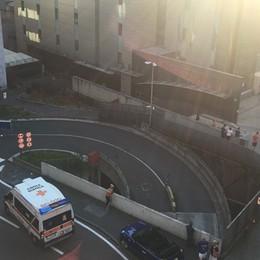 Fumo da un locale tecnico dell'Nh-hotels Bergamo, evacuati 80 ospiti -Foto /Video