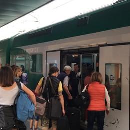Freccia Orobica al via ma senza biglietti Per la prima corsa emessi sul treno