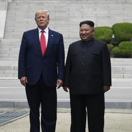 Fra Trump e Kim stretta efficace