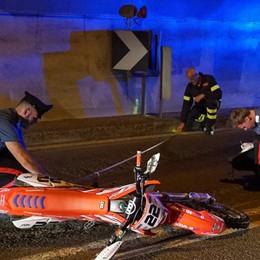 Il tragico schianto in moto di Lorenzo Autorizzato il prelievo degli organi