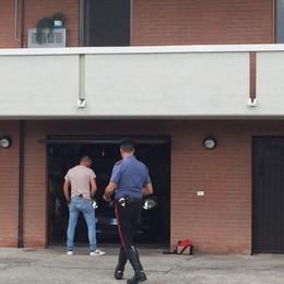Solza, spara al figlio con un fucile I colpi esplosi dal garage di casa