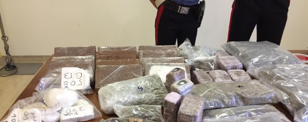 In casa armi e 18 chili di cocaina Seriate, arrestato un albanese