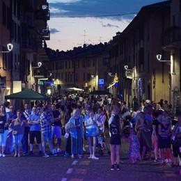 Borgo Santa Caterina, la Notte bianca Un successo tra musica e shopping - Foto