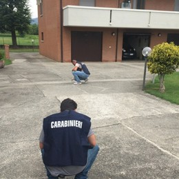 Fucilate contro il figlio, resta in carcere «Ma io ho sparato alla porta del garage»