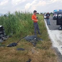 Scontro frontale tra due auto Quattro feriti a Bonate Sopra