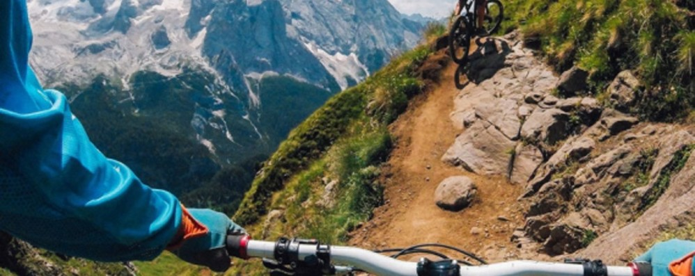 Rovinosa caduta in bici a Livigno Bimbo di 10 anni di Bergamo in ospedale