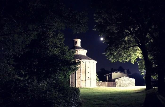 La magia del Lemine con l'Eclissi di luna