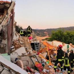 Esplosione all'Isola d'Elba,  crolla edificio Morti marito e moglie, tre feriti