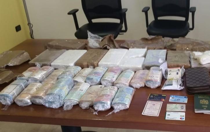 Arrestato «grossista» della droga Aveva 8,5 kg di cocaina e 200mila euro