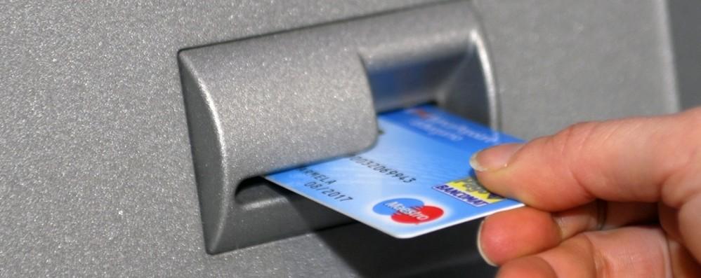 Carte clonate, boom a Bergamo: +14,7% E i ladri si comprano di tutto: frigo e moto