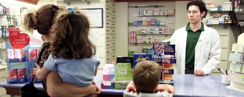 Ticket, aumentano le esenzioni che si rinnovano in farmacia