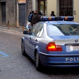 Molesta una ventenne in via Quarenghi Arrestato per violenza a Bergamo