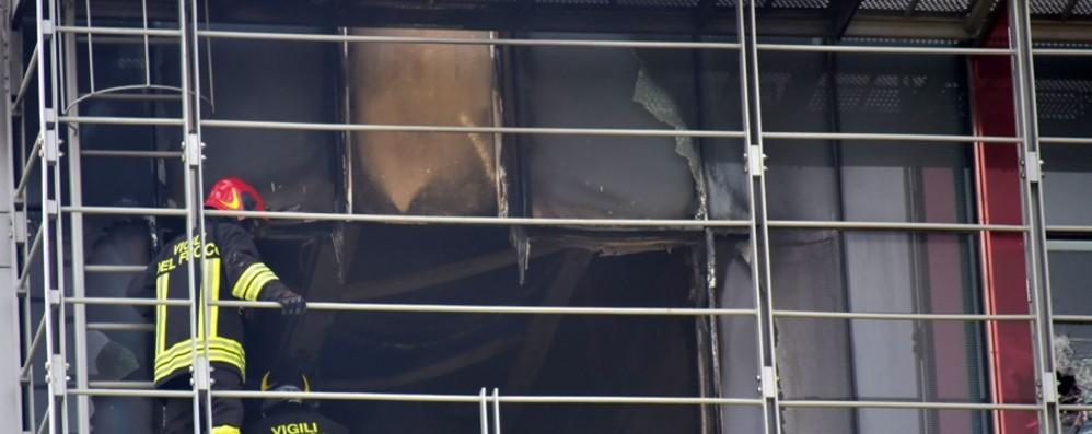 Incendio all'ospedale Papa Giovanni Muore una 19enne, 80 pazienti evacuati