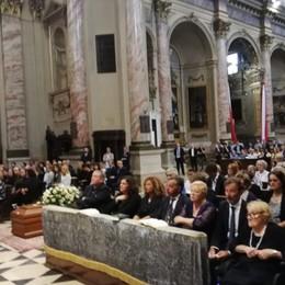 Ultimo saluto a Carlo Vimercati Folla in Sant'Alessandro in Colonna