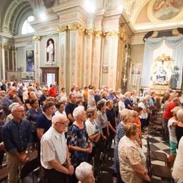 Apparizione, Borgo Santa Caterina Il vescovo celebra la messa - Video