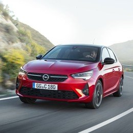 Nuova Opel Corsa Sfida ai consumi