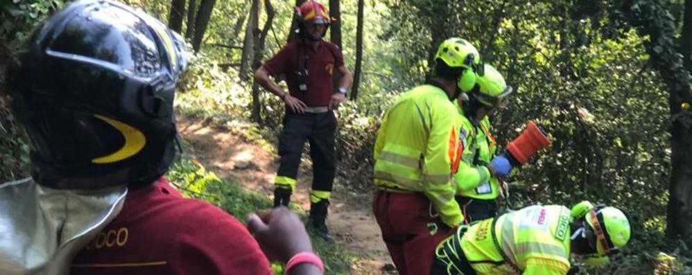 Sotto il Monte, cade in un dirupo  Volo di tre metri, ferita 64enne