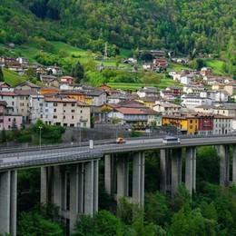 Val Brembana, un rientro «caldo» A Sedrina lavori sul maxi-viadotto