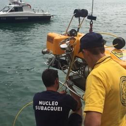 Tavernola, «auto in fondo al lago» Sub avrebbero visto  resti umani