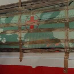 Vertova, ambulanza incastrata Il soccorso dei Vigili del fuoco